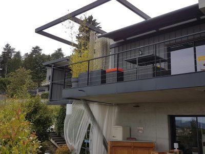 Balcon suspendu acier inox câble tendu - Métallerie DPJ